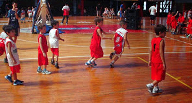 Domingo de Torneo de Escuelita de Básquet