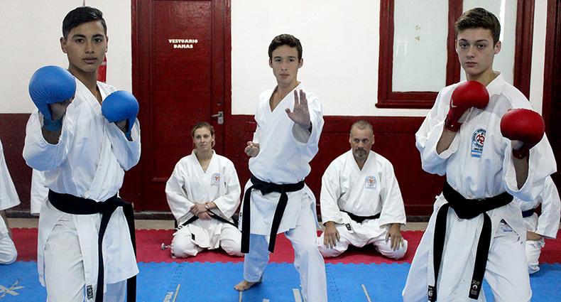 Karatecas tatengues rumbo al Mundialito